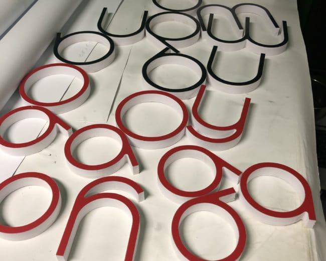 CNC dekor vágás